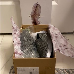 NWT and box Jessica Simpson Pewter Glitter Shoes